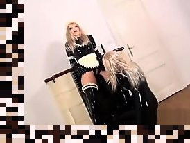 Xxx Masque en latex pipe transexuelle pictures abuse pic