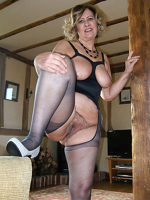Seulement porno mature sexy nylons photos source russe